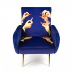 UPHOLSTERED WOODEN ARMCHAIR 'TOILETPAPER' Cm.70x79 h.86 - LIPSTICKS
