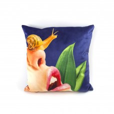 """POLYESTER CUSHION WITH PLUME PADDING """"TOILETPAPER"""" Cm.50x50 - SNAIL"""