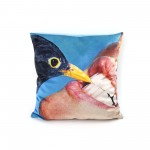 POLYESTER CUSHION 'TOILETPAPER' Cm.50x50 - CROW